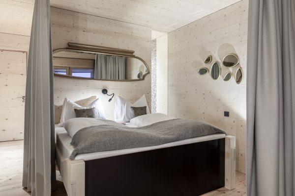Spiegel-Apartment